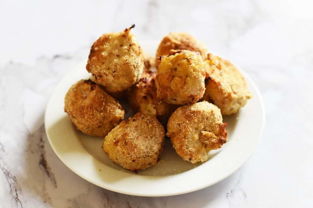 Air fryer garlic chicken balls