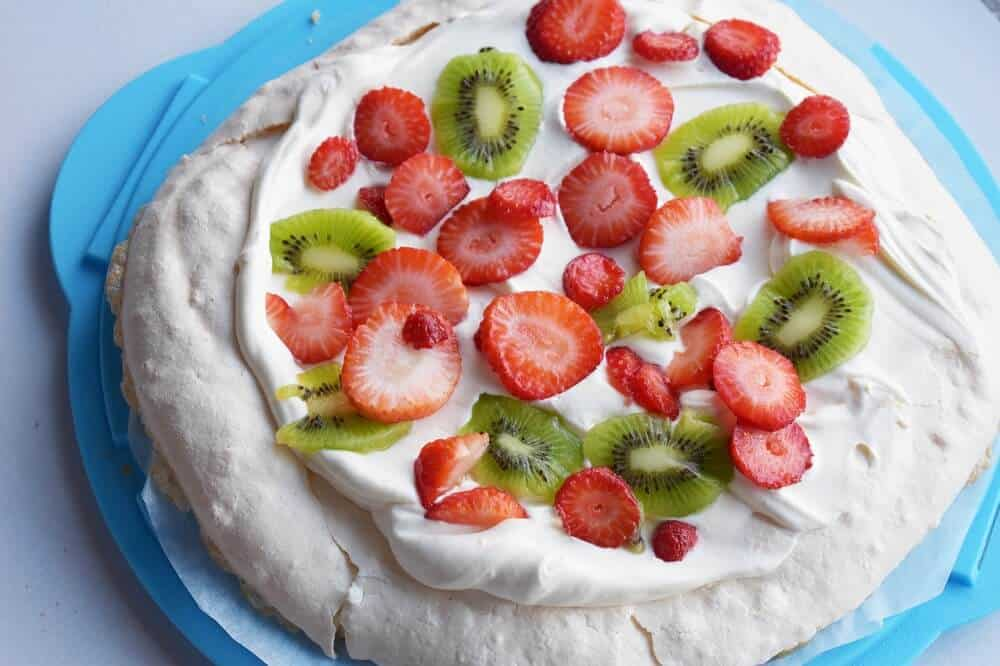 4 ingredient simple pavlova