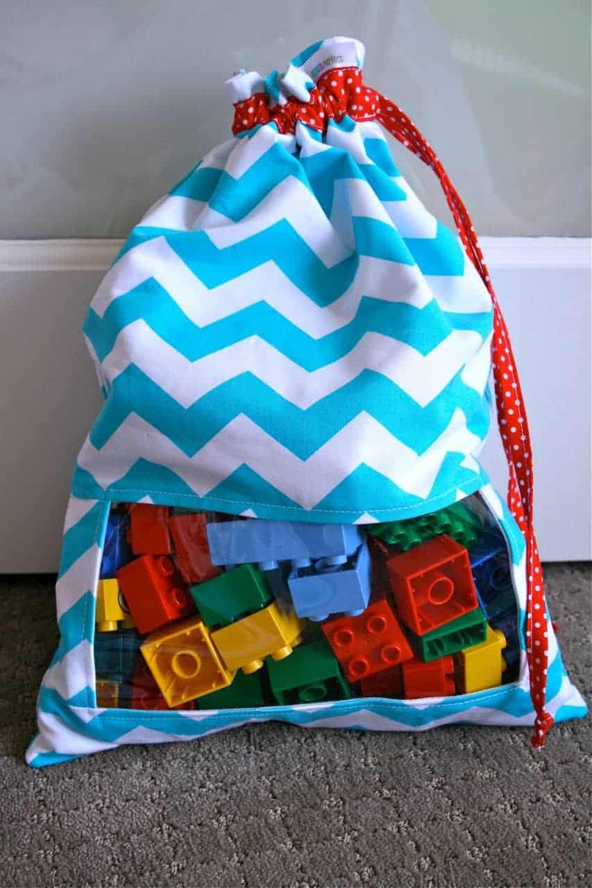 peek a boo toy bag