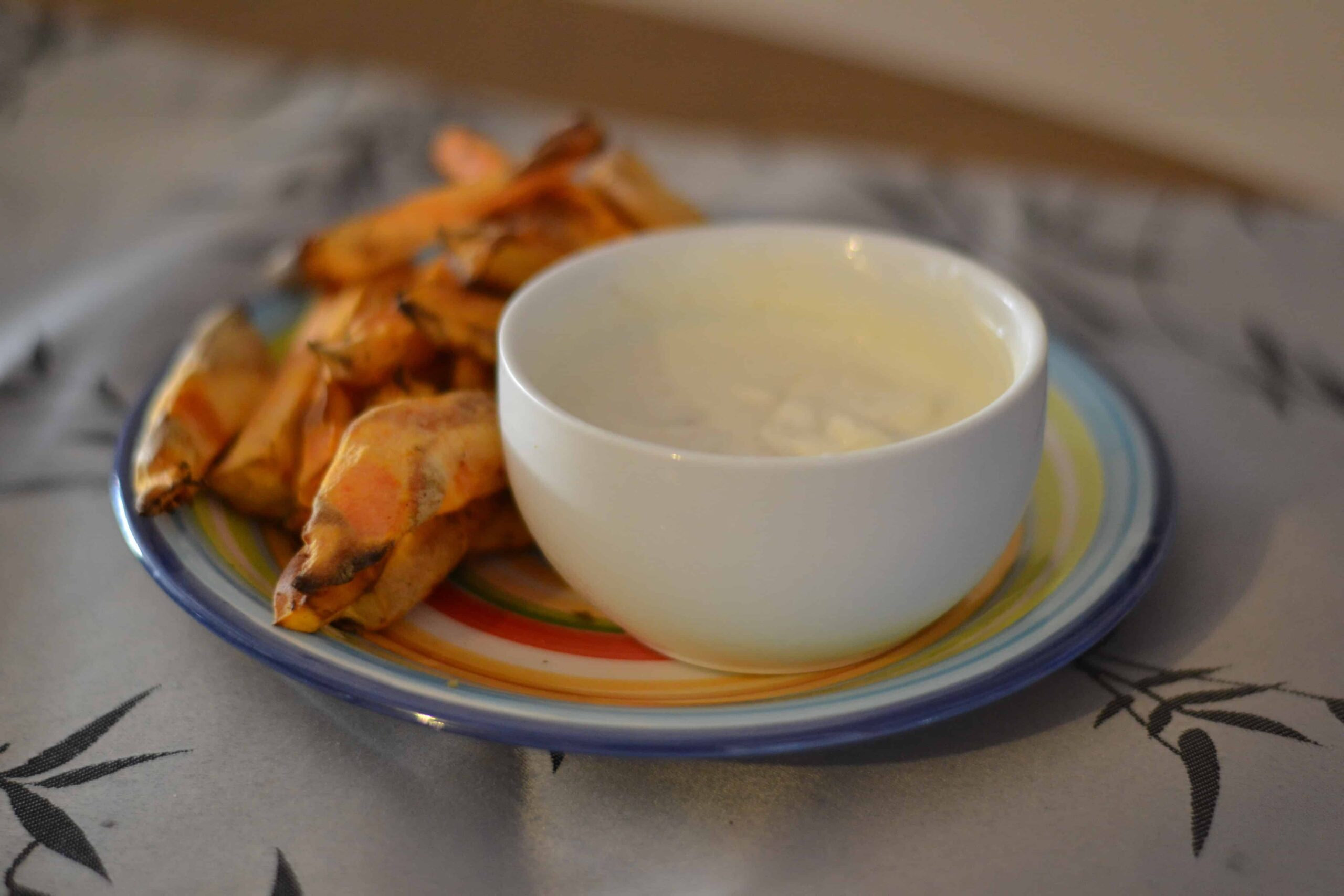 Air fryer sweet potato fries with greek yoghurt dip