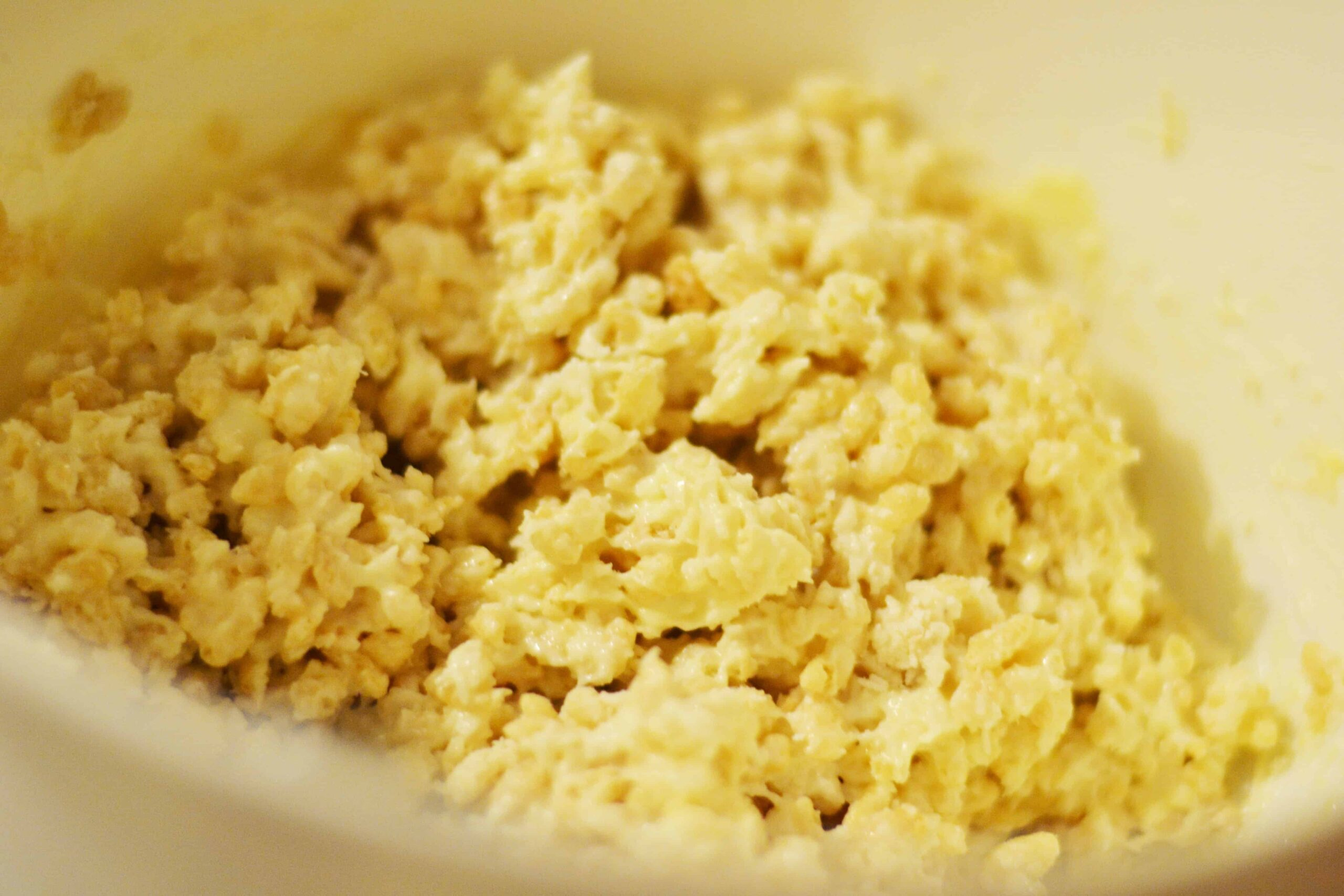White chocolate crackles recipe