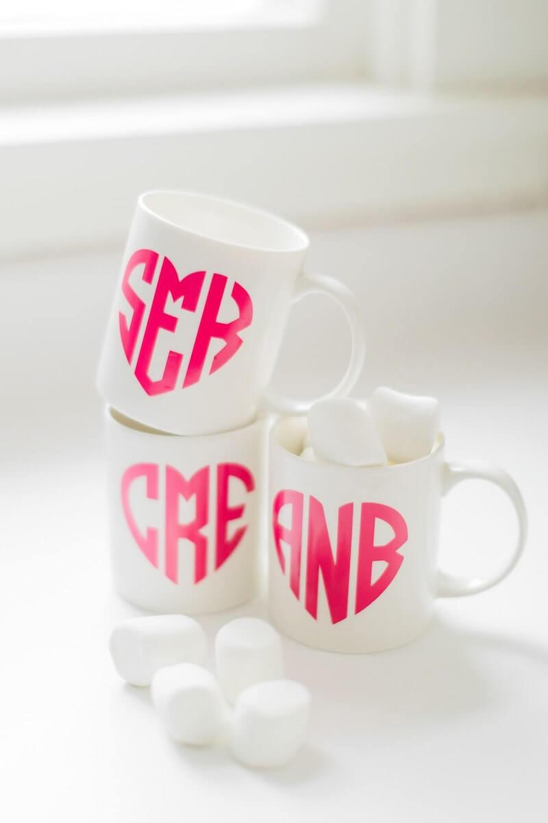 Heart mug monogram