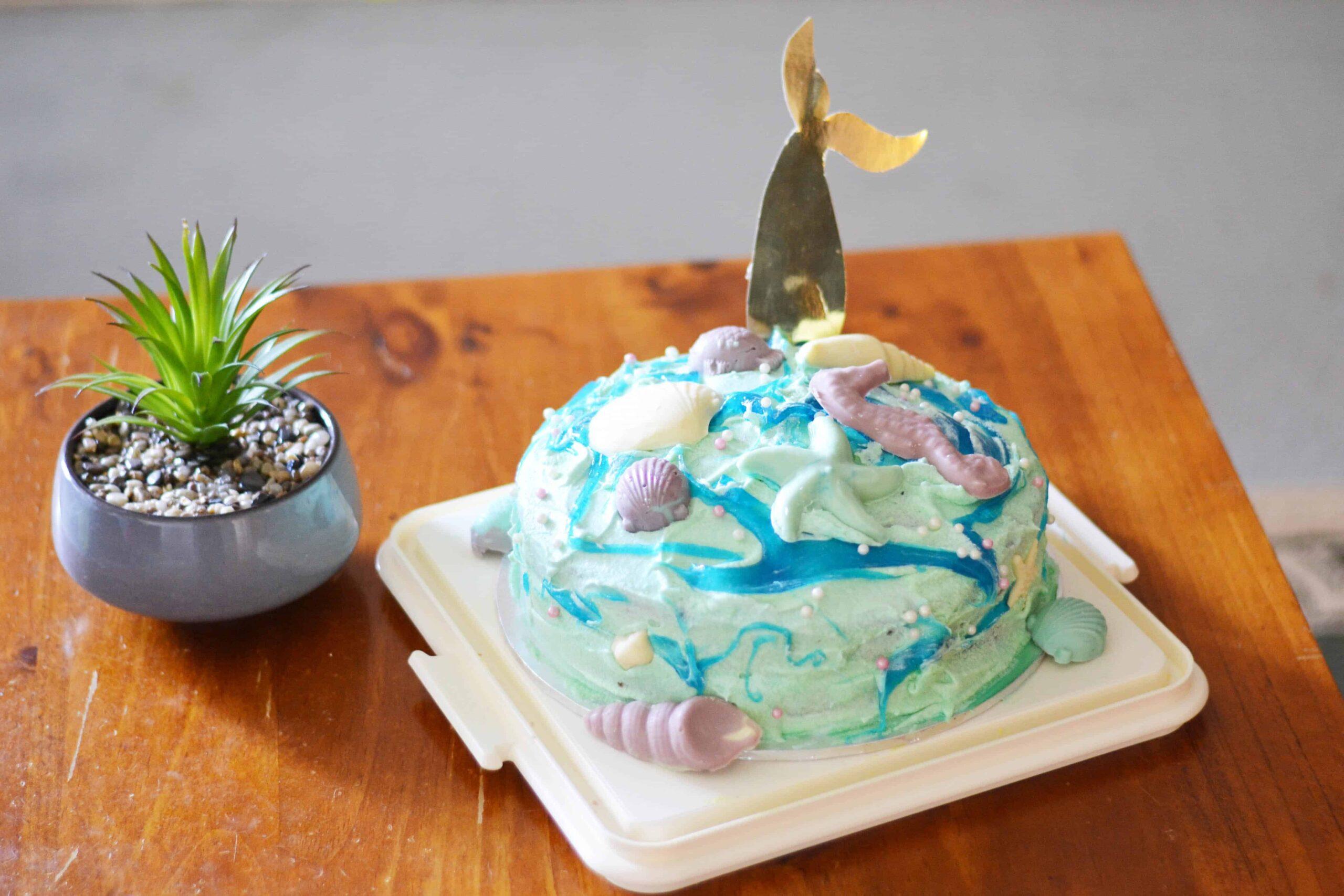 How to make a simple DIY mermaid cake