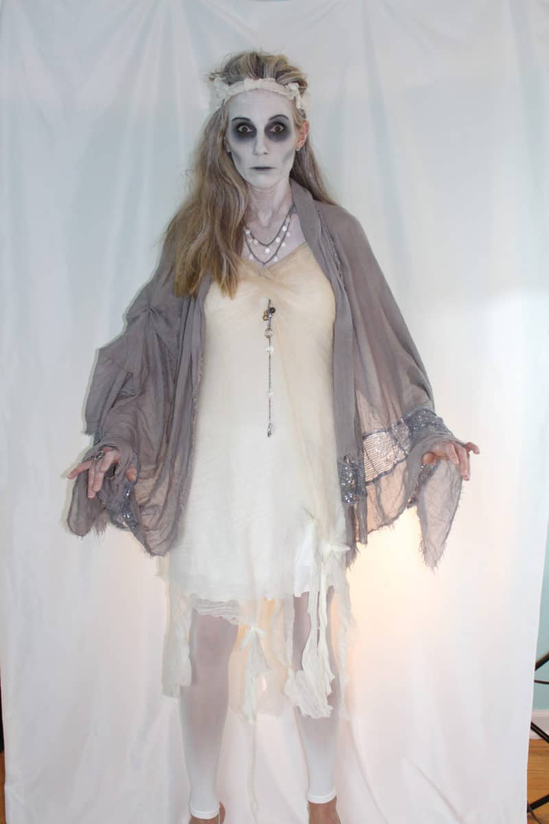 Scary halloween costumes for adults - living dead