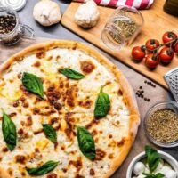 Kitchen gifts - homemade pizza