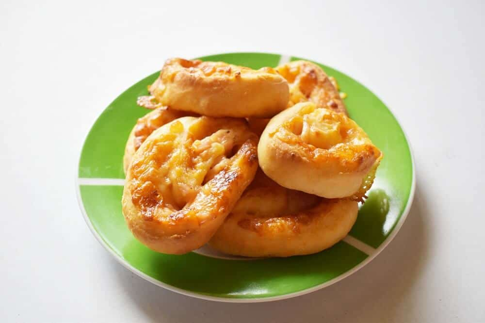 Savoury cheese and bacon scrolls recipe