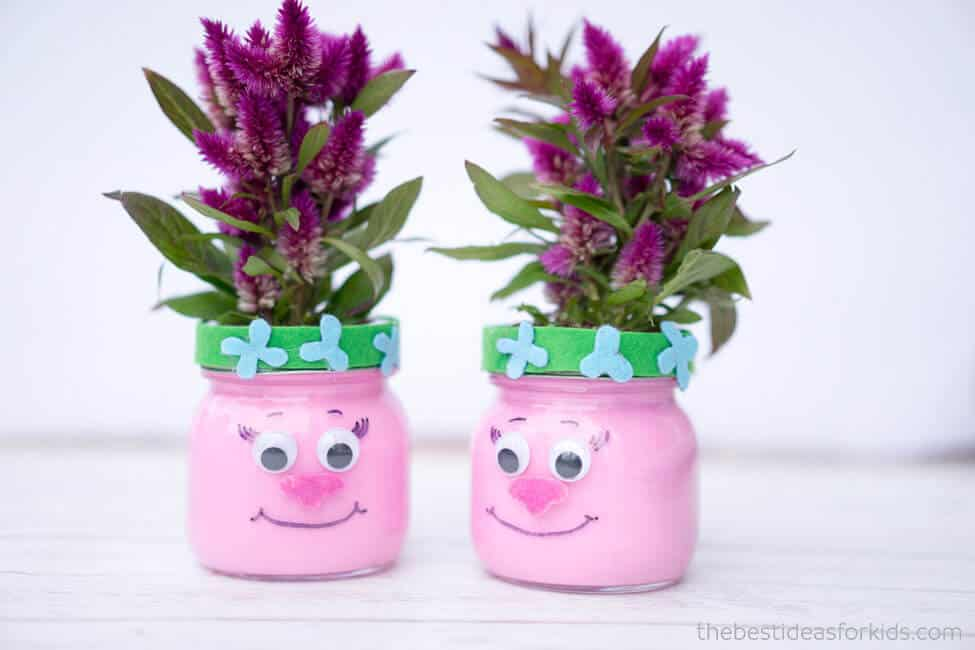 Poppy mason jar party decorations
