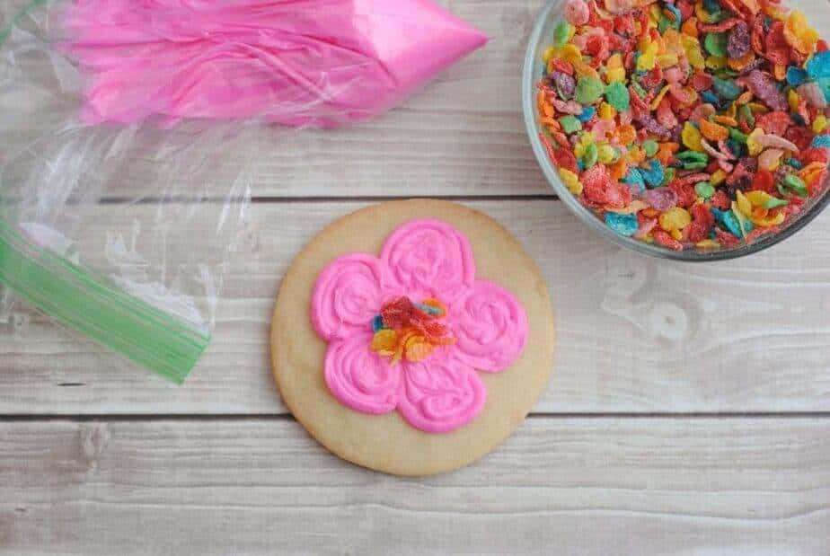 Trolls flower cookies