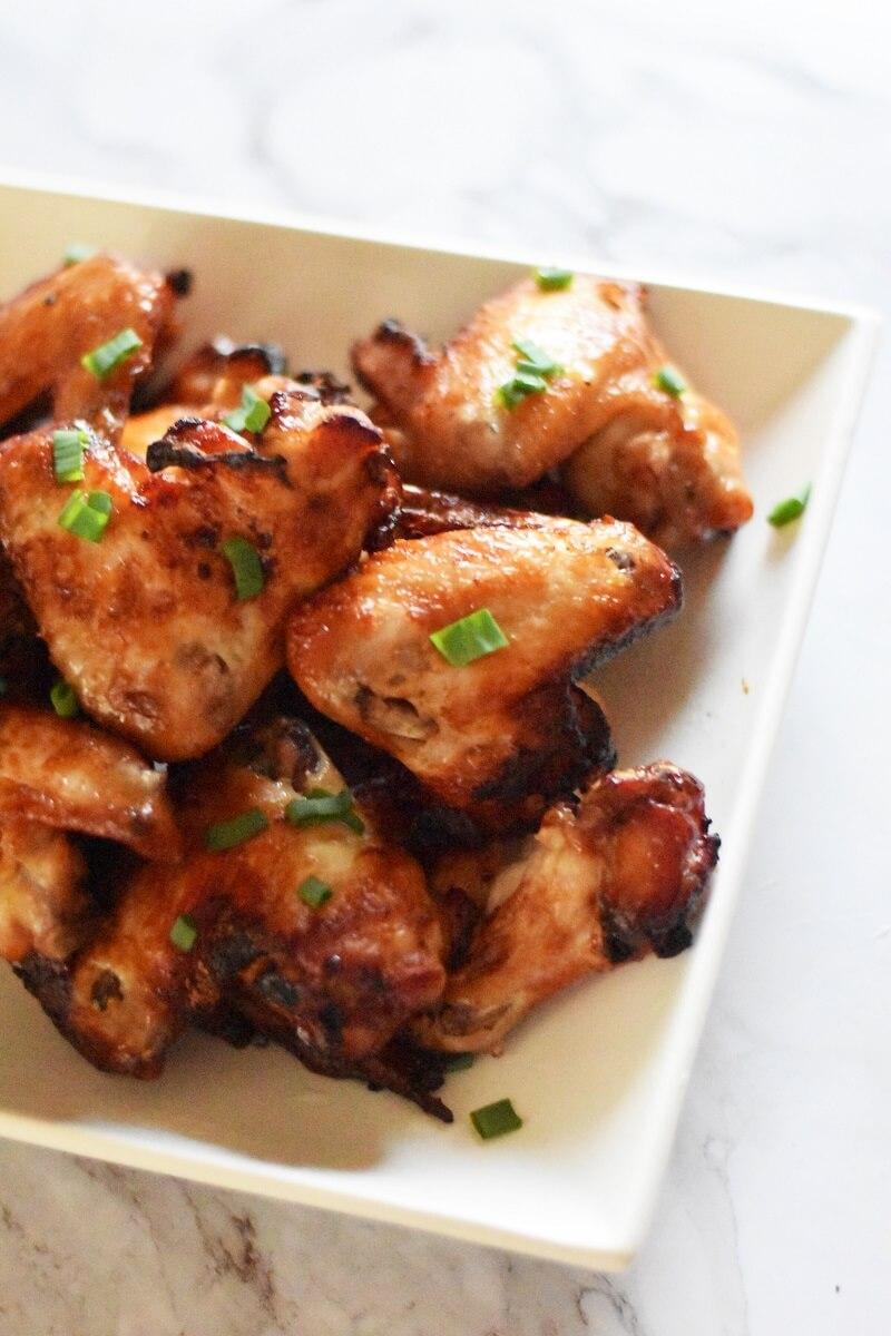 Air fryer chicken wings vertical