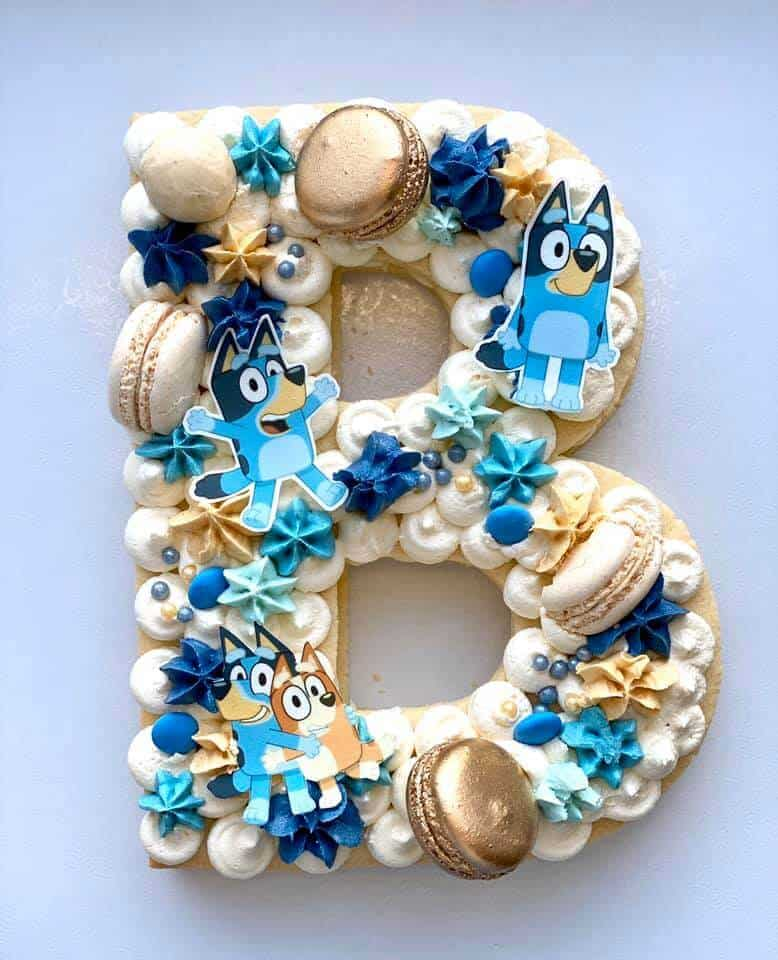 Bluey b cake