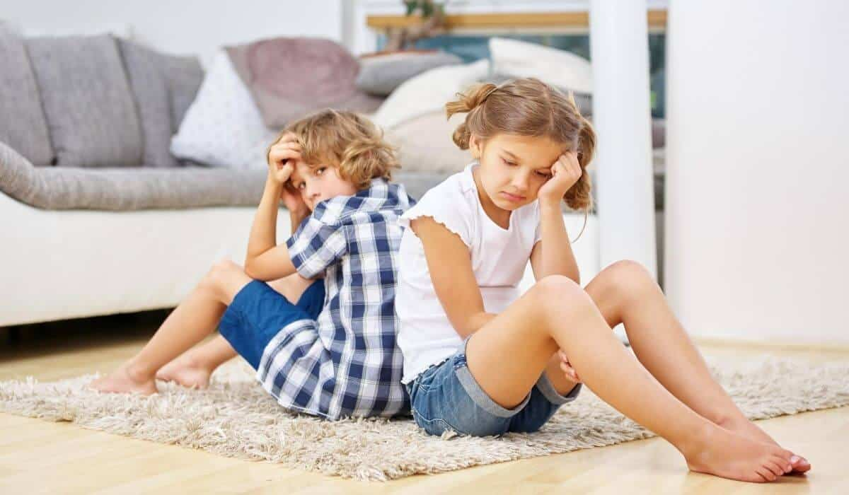 Children waiting impatiently - childhood resilience