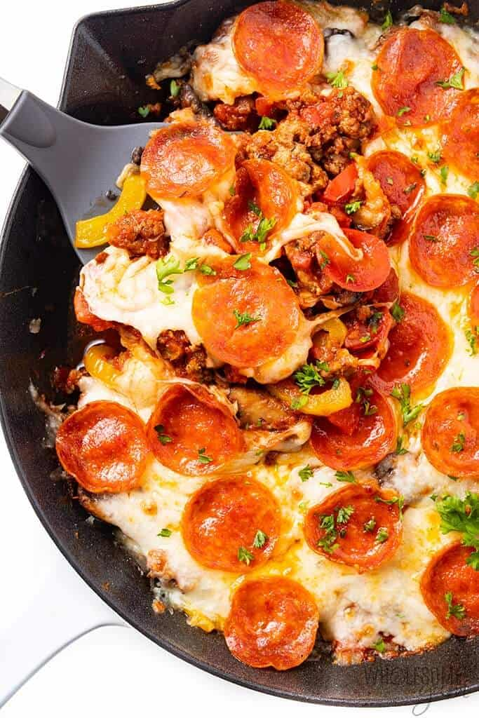 No crust keto skillet pizza