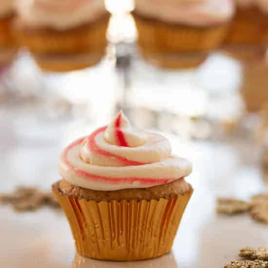 Candy cane cupcakes square 4
