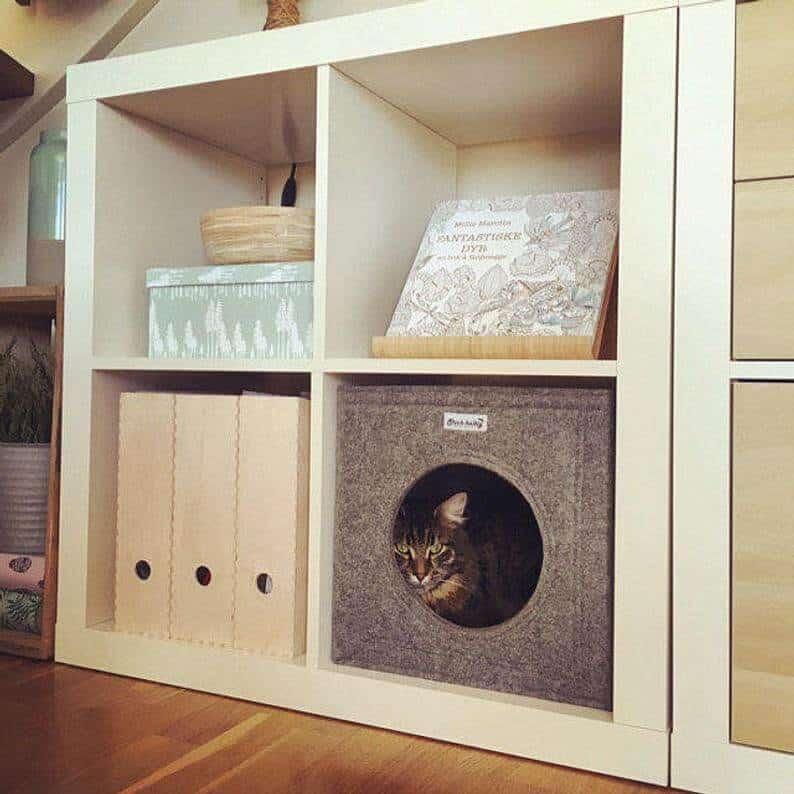 Cat box for kallax