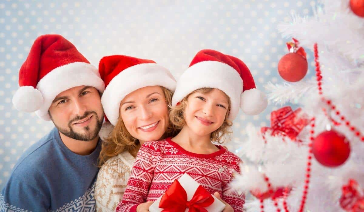 fun family gift ideas for christmas