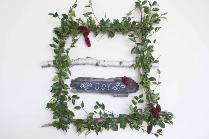 Make a whimsical and wispy square wreath with holly branches sustainmycrafthabit 7038 e1498605349907