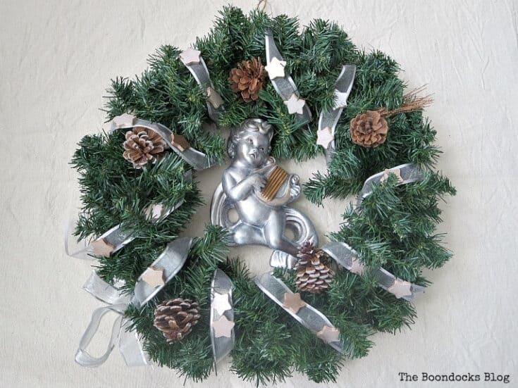 Wreath 8 3 orig 1 no-glue diy bauble christmas wreath tutorial + more diy wreath ideas