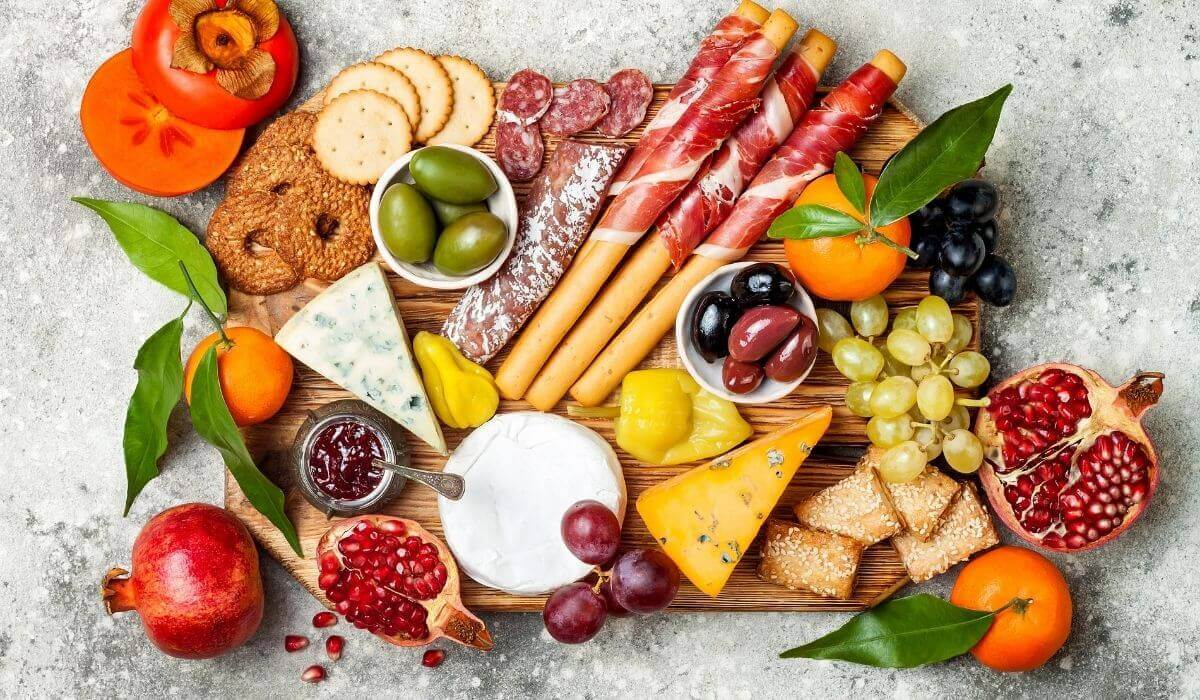 23 Awesome Grazing Platter Charcuterie Board Ideas Simplify Create Inspire
