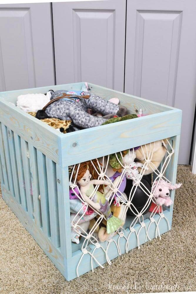 Macrame soft toy crate