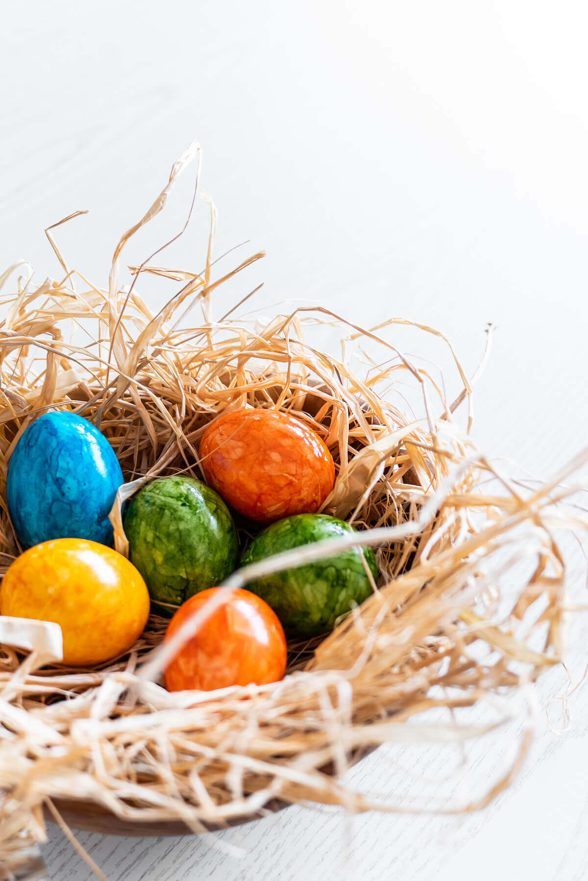 Painted eggs in nest easter decorating ideas