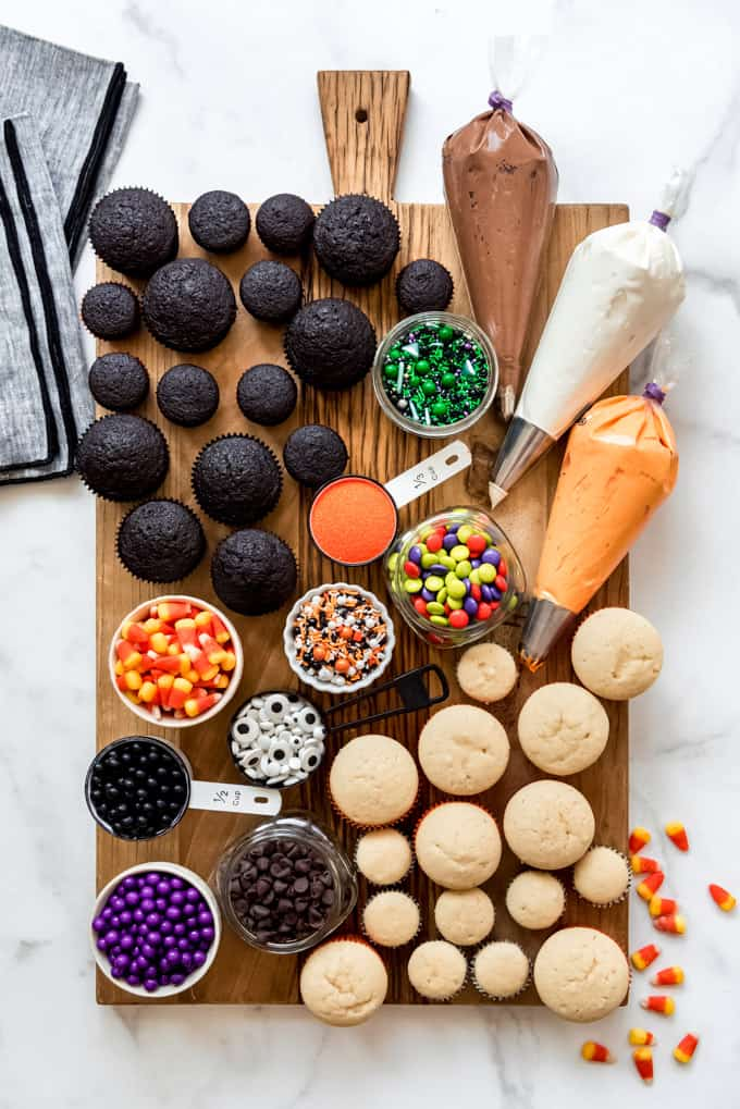 Decorate your own halloween cupcake board 1 50 easy halloween party finger foods, treats & appetiser ideas