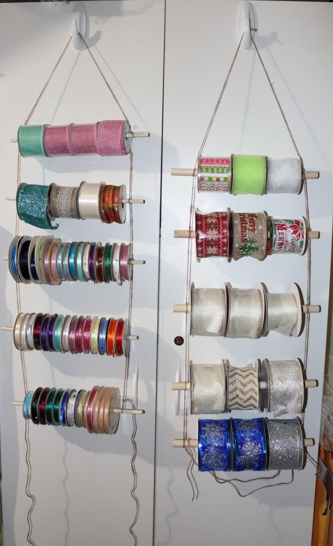 Hanging ribbon ladder