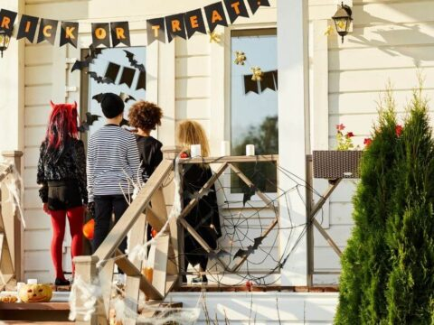Easy diy halloween decorations for indoors and outdoors