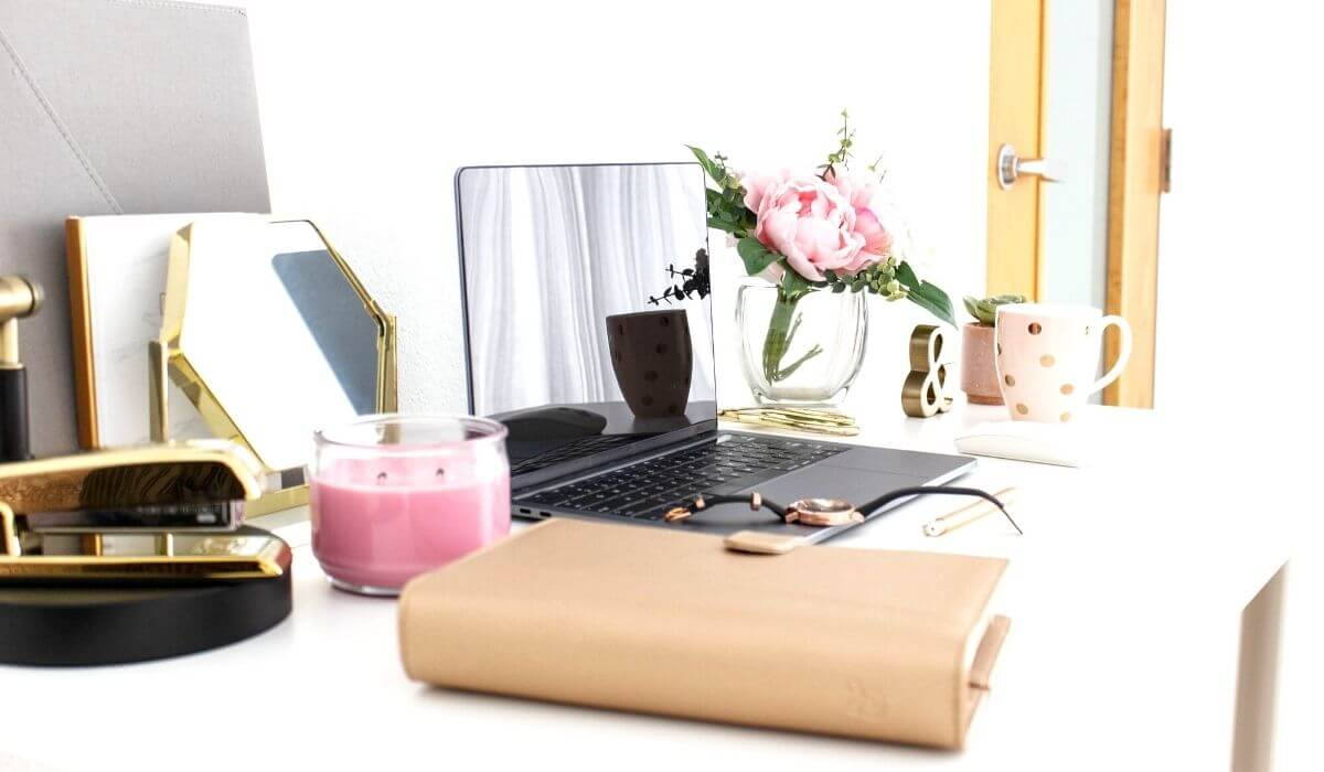 Home office with decor on desk